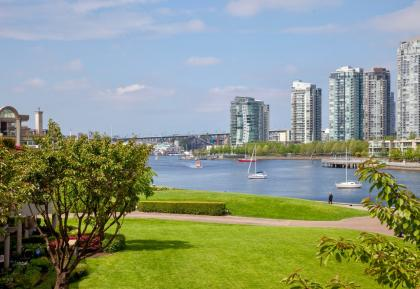 302 - 1869 Spyglass Place, False Creek, Vancouver West